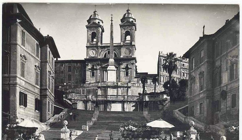 Площадь Испании история