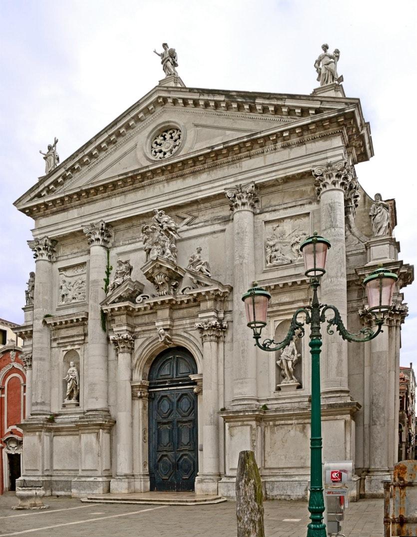 Церковь Сан-Стае