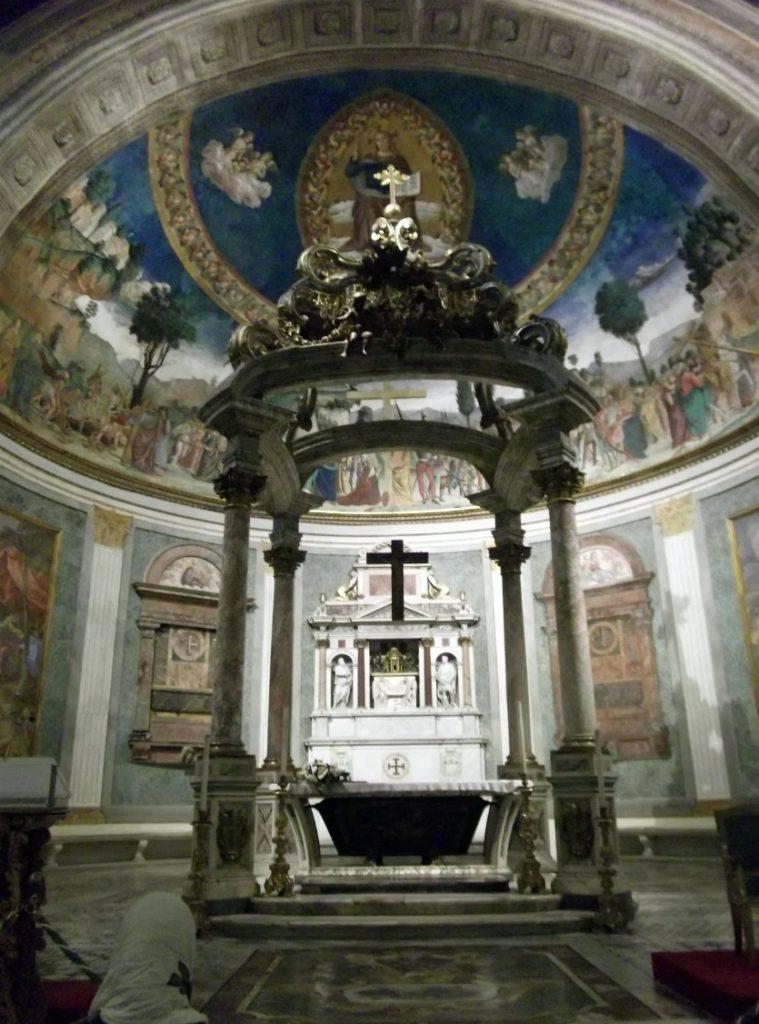 Санта-Кроче Святыня Антониетты Мео