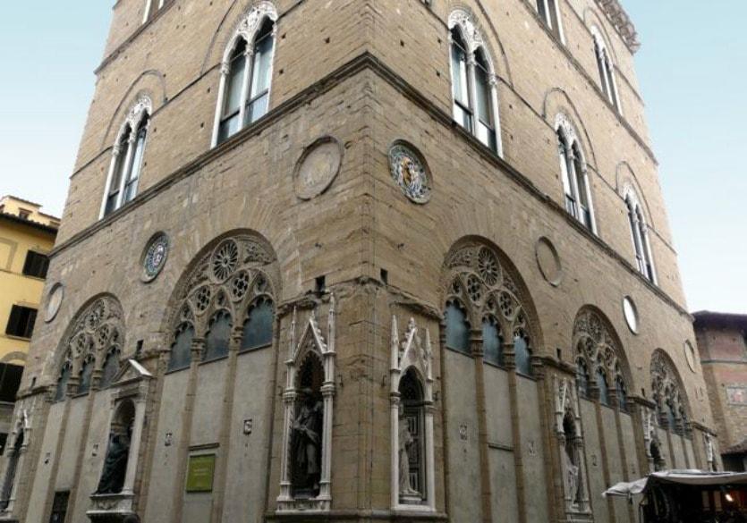 Церковь Орсанмикеле готические окна
