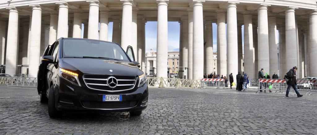 Как доехать от аэропорта Фьюмичино до Рима и обратно: 4 способа