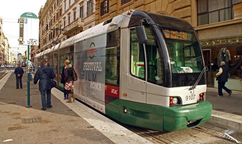 Трамваи в Риме